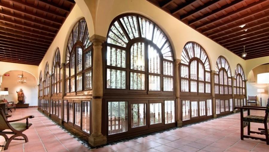 Monastery gallery of Parador de Granada